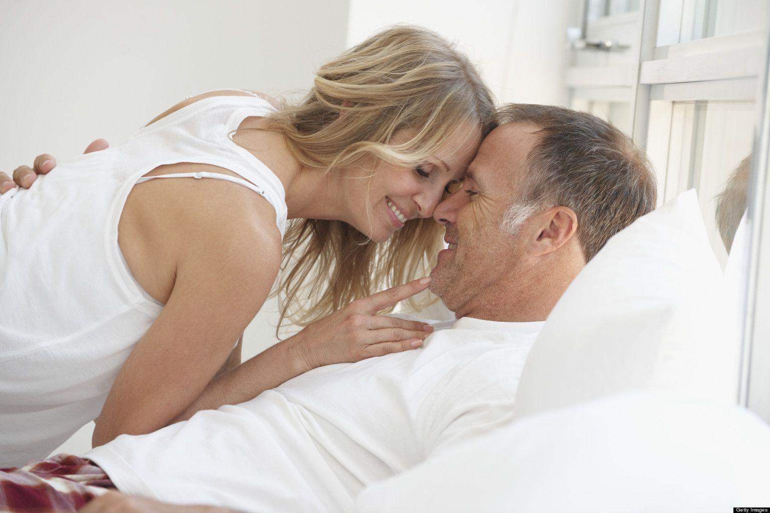 Cat de des e normal sa faci amor in functie de varsta?