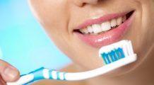 Cum îți albești dinții cu ce ai în bucătărie?