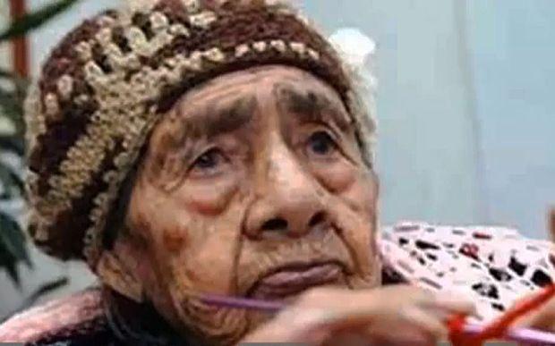 O femeie a ajuns la 127 de ani datorită unui aliment delicios. Iată și alte secrete ale longevității ei
