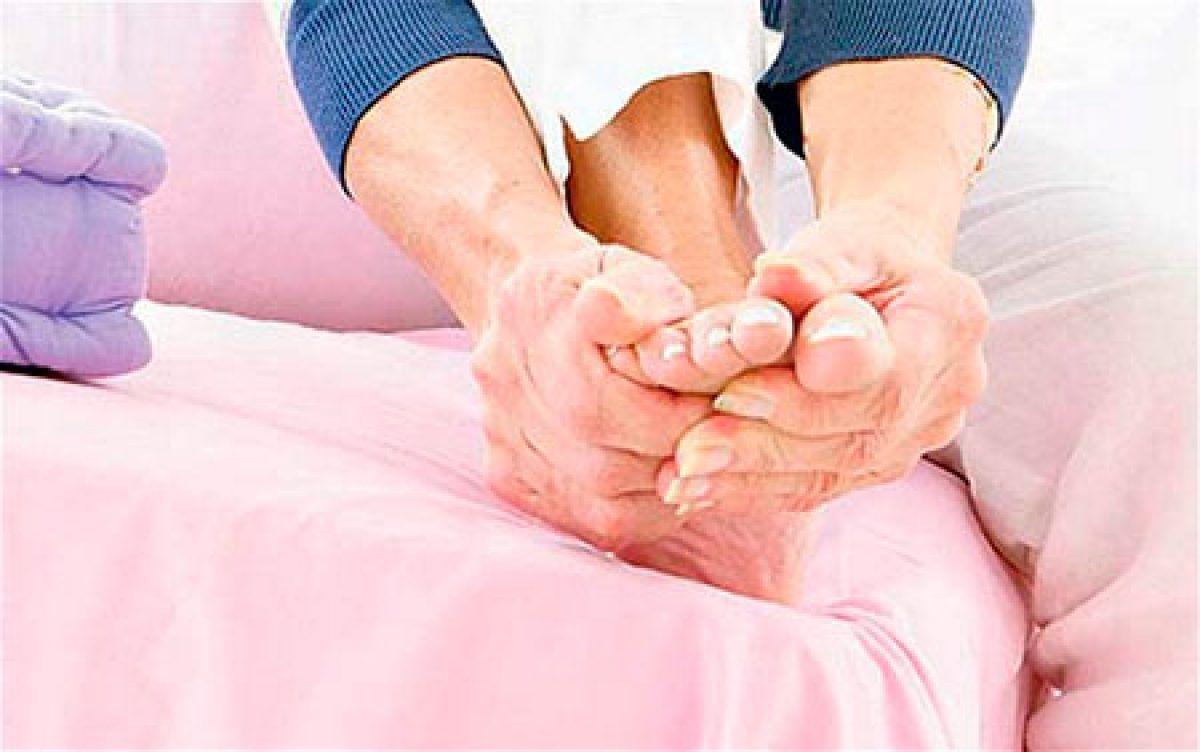 poate răni venele la picioare răni din cauza circulației slabe