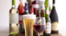 Berea sau vinul? Află care băutură e mai sănătoasă