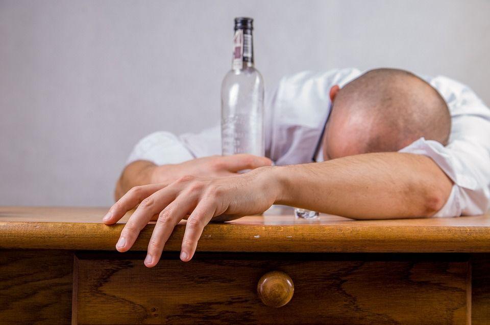 O băutură populară, leacul anti-mahmureală cu efect garantat