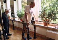 Un bărbat paralizat a reușit să meargă din nou datorită unui tratament inovator
