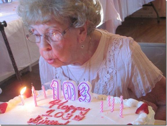 Cercetătorii au descoperit o metodă uimitoare prin care pot întârzia îmbătrânirea