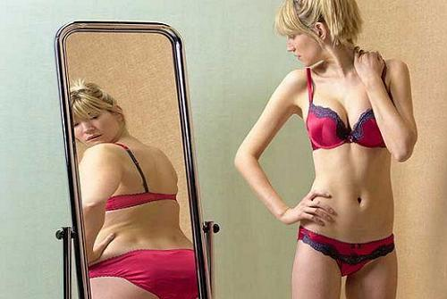 Motivele nebanuite pentru care femeile se vad mereu mai grase decat sunt