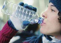 Strategii pentru a rămâne hidratat iarna aceasta