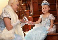 Emoționant. Cenușăreasa a renunțat la podoaba capilară pentru o fetiță bolnavă de cancer