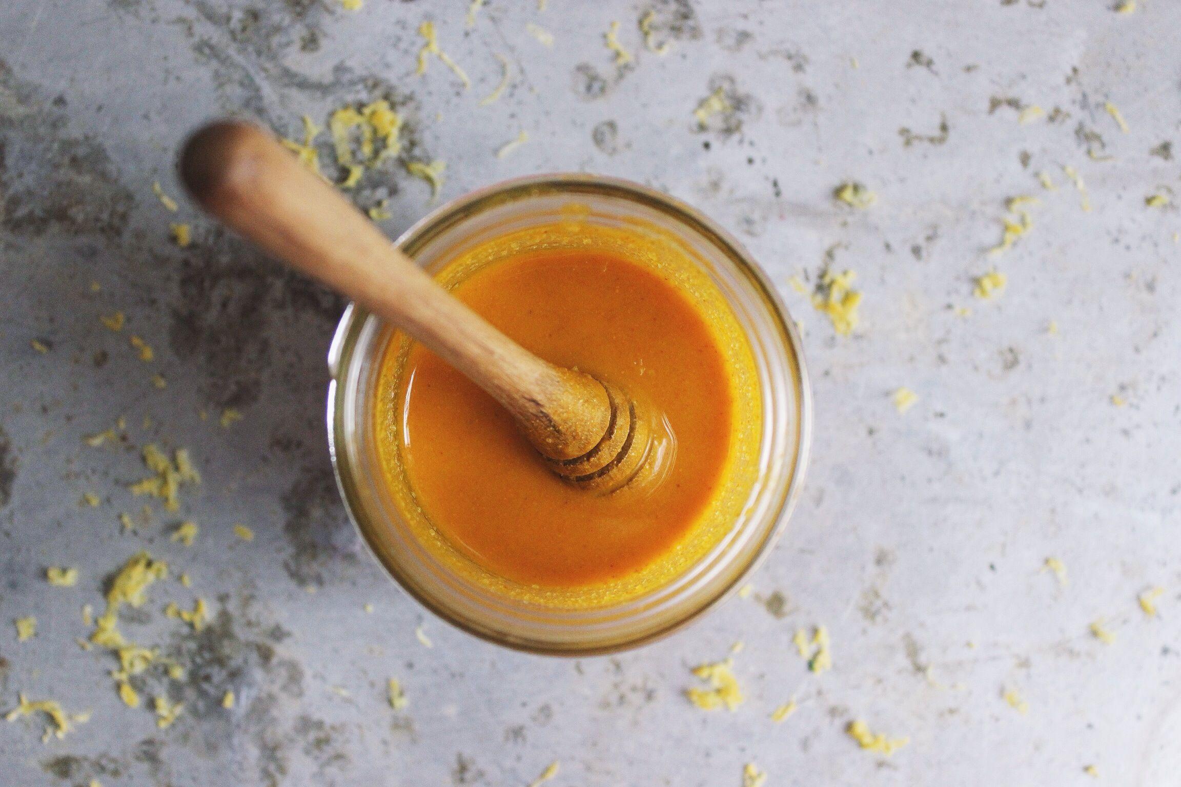 Turmericul amestecat cu miere, cel mai puternic medicament natural