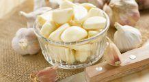 Ce se întâmplă dacă mănânci usturoi și miere pe stomacul gol, timp de șapte zile