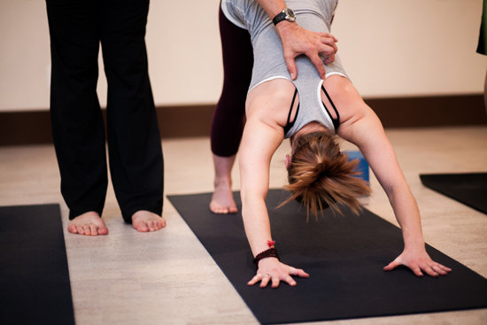 Cum ajută yoga depresivii și anxioșii