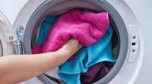 Cât de des să vă spălați hainele și cu cât detergent ca să nu vă îmbolnăviți
