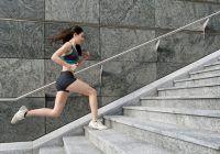 """Nutriționist celebru avertizează: """"Nu încercați să recuperați ani de sedentarism cu ore intense de fitness!"""" Când este cel mai bun moment să faceți mișcare"""