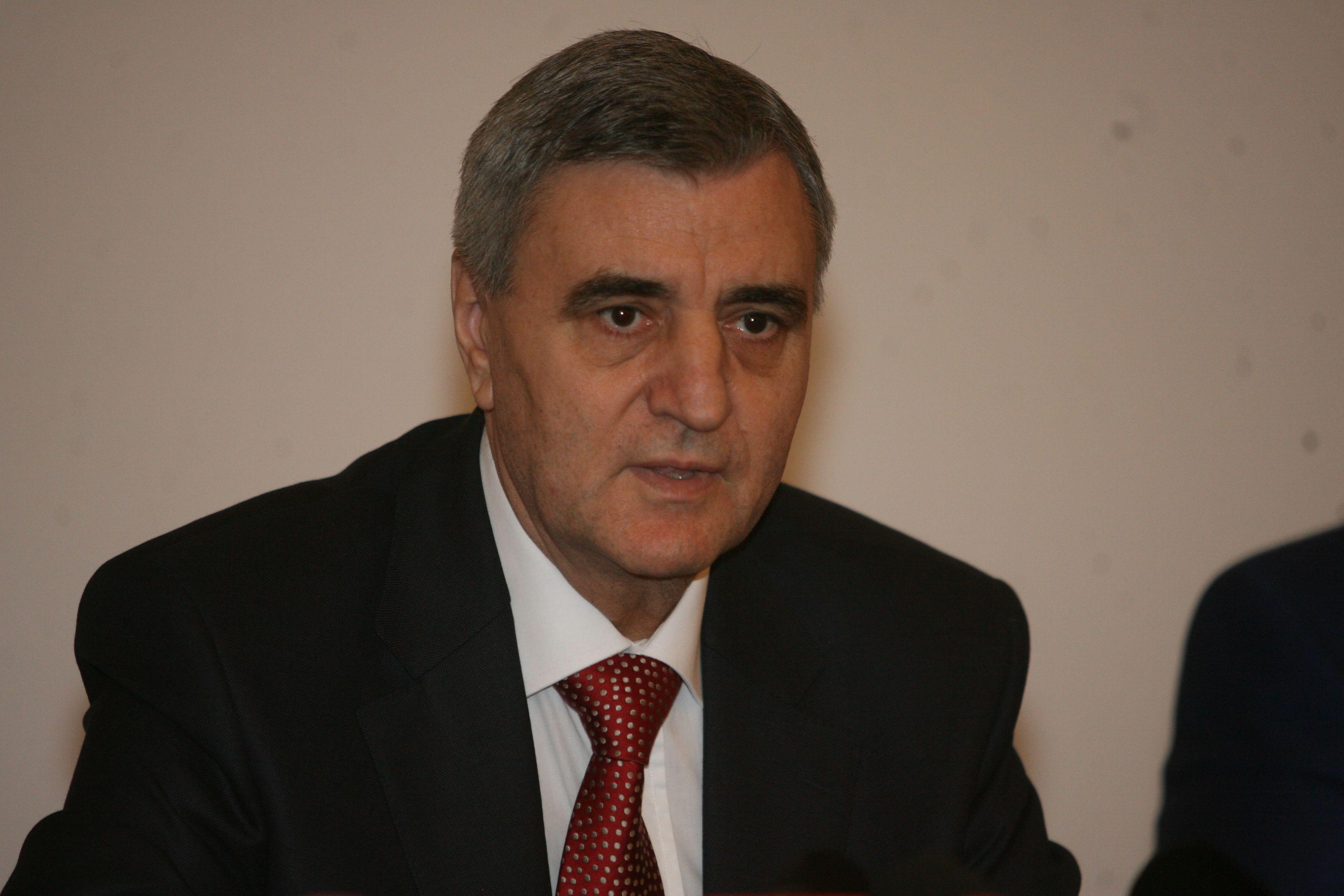"""Prof. Ioanel Sinescu: """"Mulți bărbați ignoră primul simptom al cancerului de prostată"""""""