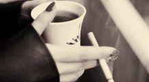 Cocteilul extrem de periculos care cauzează cancer. Mulți combină țigara cu această băutură fără să știe la ce otravă se expun