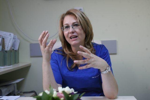 A participat la primul transplant medular din România, Anul acesta a făcut 25 de asemenea proceduri