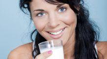 """Adevărul despre lactate de la un nutriționist român. """"Laptele de vacă este greu de digerat de sistemul digestiv al adultului"""""""