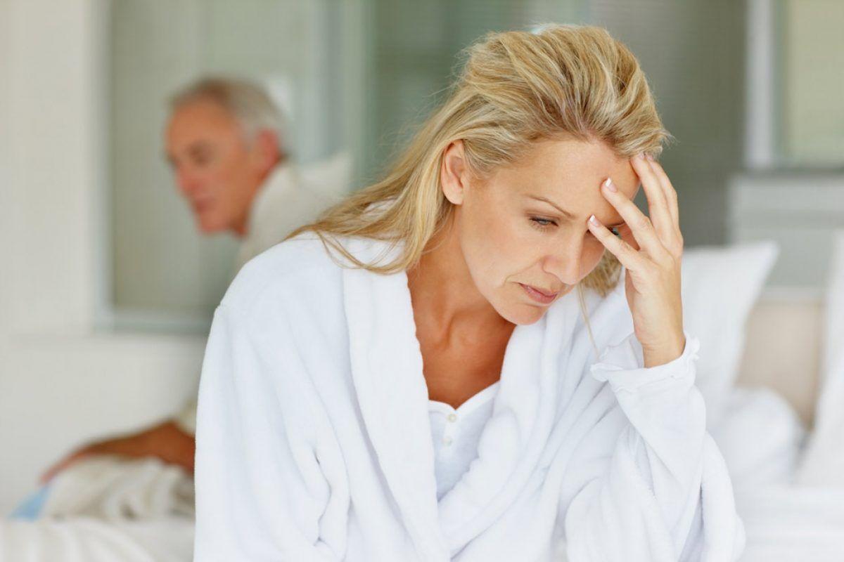menopauza provoacă pierderea în greutate)