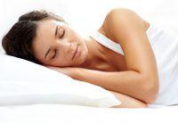 3 alimente care te ajută să dormi mai bine noaptea