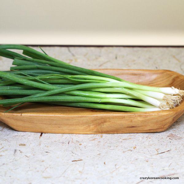 Ce minuni face pentru organism o cură cu ceapă verde?