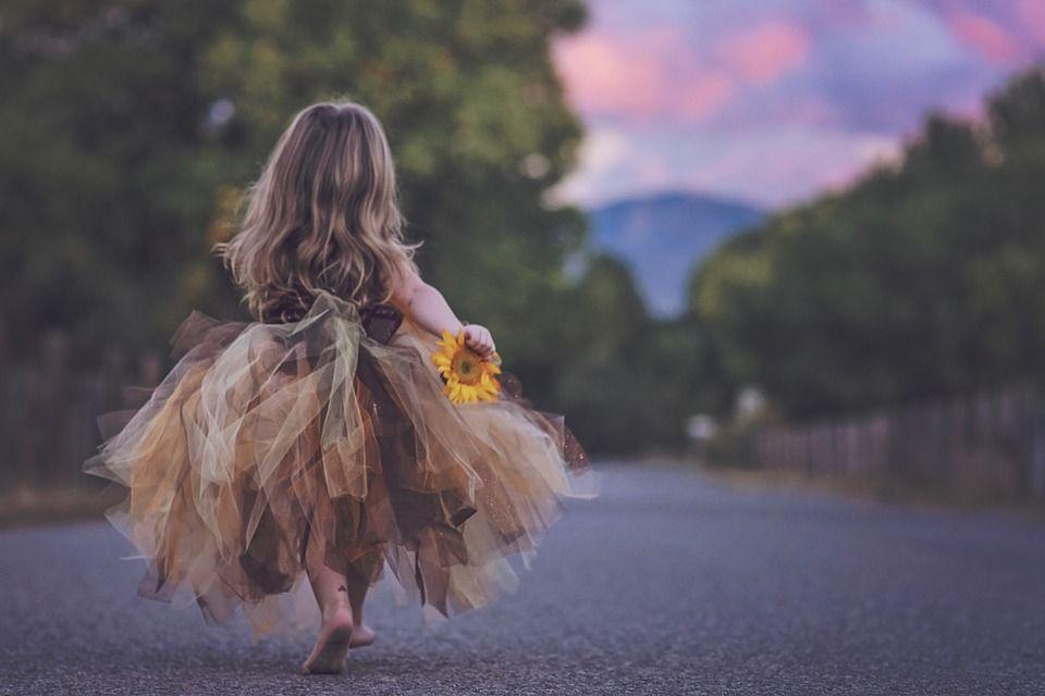 La ce este expusă sănătatea copiilor primăvara? Atenție la astenie și viroze