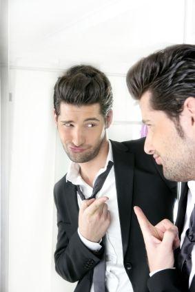 Cum recunoști un narcisist?