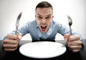 11 motive nebanuite pentru care iți e mereu foame