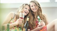 Tinerii care consumă alcool riscă să aibă probleme neurologice