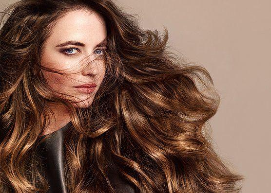Noul trend în hairstyle – stilul bronde