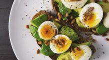 16 super-alimente care întârzie îmbătrânirea creierului și stimulează activitatea cerebrală