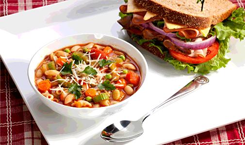 Ce ar trebui să conțină masa de prânz ideală. Opțiuni ieftine și rapide