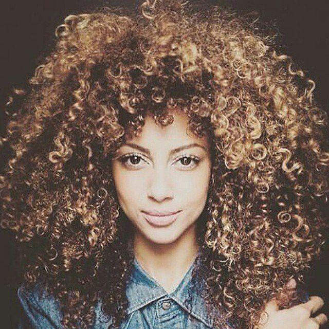 Reguli Pe Care Trebuie Să Le ştie Orice Femeie Cu Părul Creţ