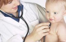 Cum știu părinții când trebuie să-și ducă micuții la cardiolog