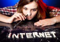 DEPENDENȚA DE INTERNET. Cum se manifestă și ce consecințe poate avea?