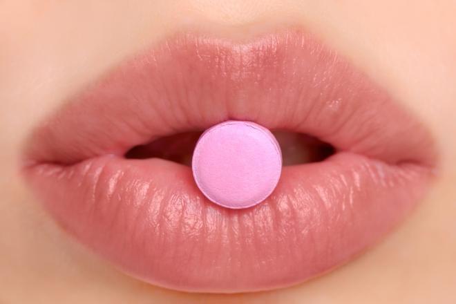 Tot ce trebuie să știi despre pastila roz a femeilor!
