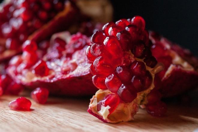 Rodia - fructul sățios care te protejează împotriva cancerelor și a plăcii dentare