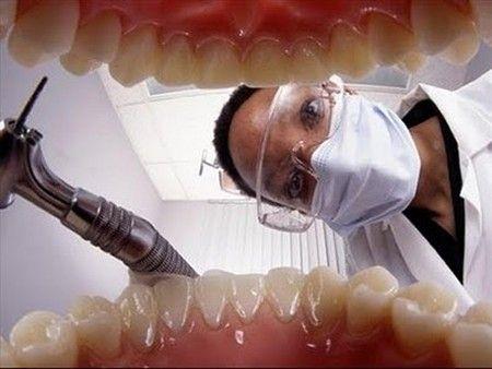 Viața i s-a schimbat radical în urma unei vizite la dentist. Este incredibil ce s-a întâmplat cu creierul unui bărbat după o intervenție stomatologică