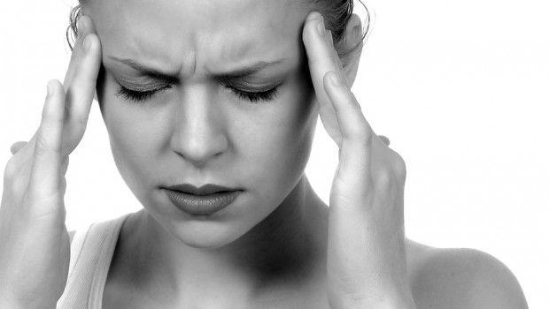 Vindecă migrenele cu apă! Află care este metoda
