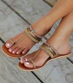 sandale decupate
