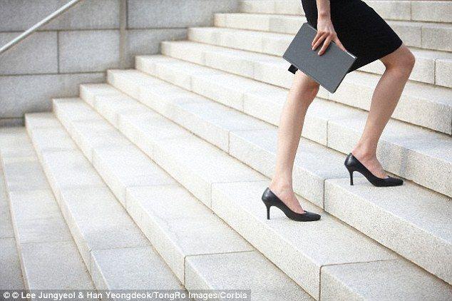 Dacă urci scările de cinci ori pe zi îți stimulezi metabolismul