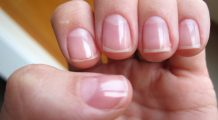 Cea mai buna metoda pentru a avea unghii care lucesc, mereu, fara oja