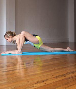 5 poziții de yoga pentru coapse blocate. VIDEO