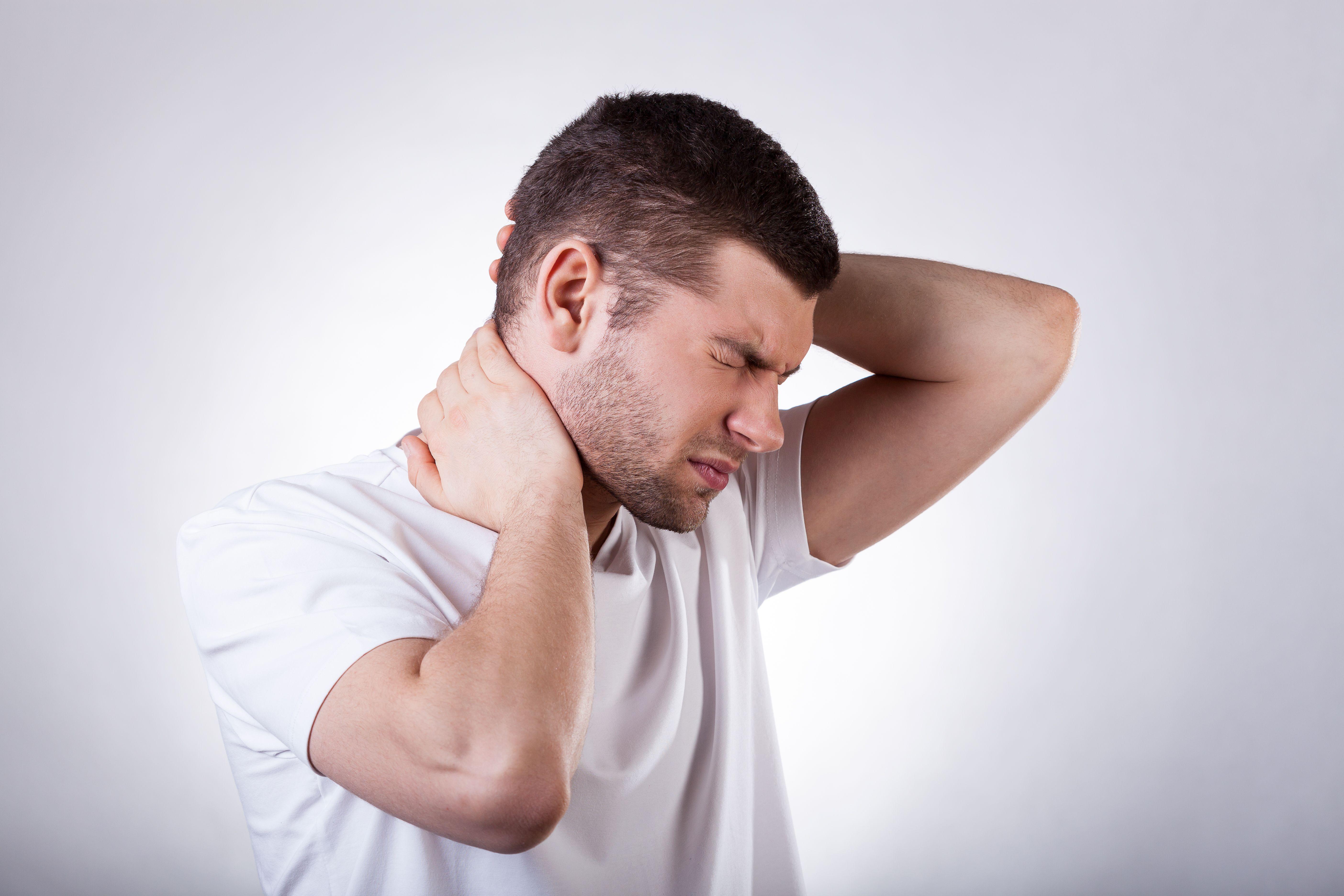 """Ce poate ascunde durerea de cap? Prof. dr. Constantin Popa: """"E o boală extrem de perfidă"""""""