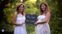 O femeie i-a născut copilul surorii sale gemene