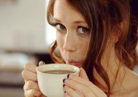 Bei cafea zilnic? Iată ce afecțiuni poți să dezvolți din cauza asta