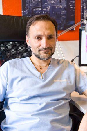 Un medic român, naturalizat în Franța, este ambasador al Societății Mondiale pentru Endometrioză