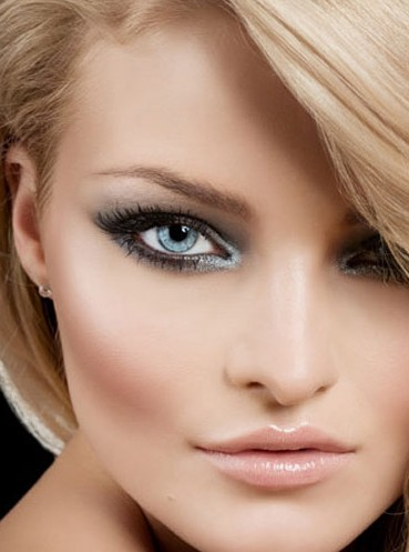 Machiajul Perfect Pentru Blonde Cu Ochi Albastri Doctorul Zilei