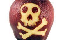 """Cât de periculos e să mănânci un măr nespălat. """"Cel mai rău lucru este să aibă un patogen pe el şi cine mănâncă să moară"""""""