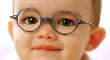 STUDIU – Copiii care petrec mai mult timp afară văd mai bine