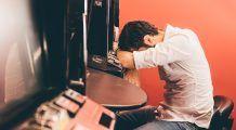Dependența de jocurile de noroc se tratează la psiholog
