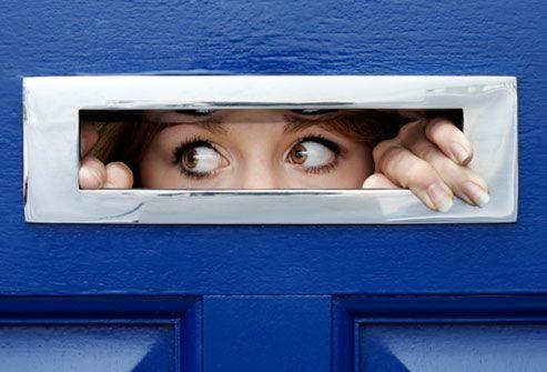Agorafobia este cea mai răspândită frică obsedantă. Ce o declanșează și cum se manifestă?